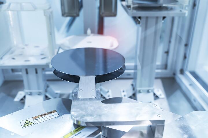 Contact angle measurement of HMDS treated silicon